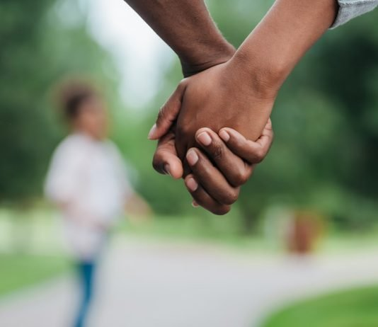 holding hands meaning